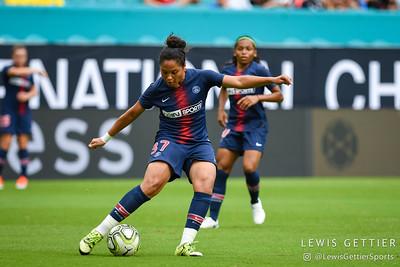 Paris Saint-Germain defender Rania Aouina (37)