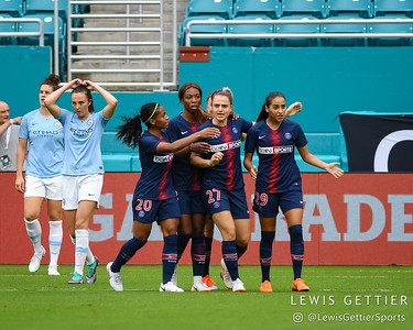 Paris Saint-Germain forward Melike Pekel (27) celebrates her goal