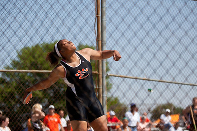 Emmonnie Henderson, Edwardsville High School junior, in the discus throw during the Class 3A Girls IHSA State Track and Field competition at the O'Brien Stadium on the campus of Eastern Illinois University in Charleston, Illinois on May 18, 2012. (Jay Grabiec)