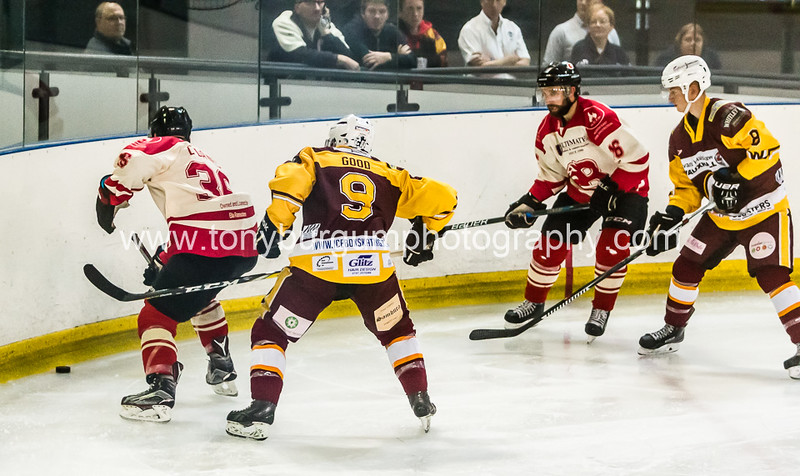 Ice Hockey match between 2 local rivals Billingham Stars v Whitley Bay Warriors. Warriors won 3-4. Photographs taken at Billingham Forum 15.10.2017.