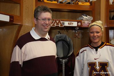 Gopher Womens Hockey Sponsor Shoot