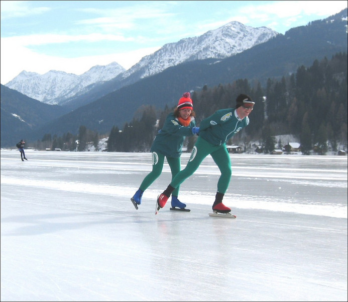 brother and sister , twins (Weissensee)