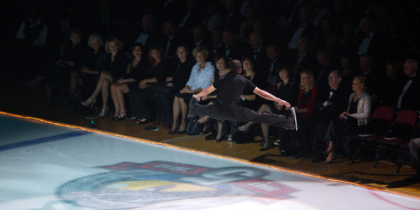 An Evening with Scott Hamilton and Friends 2011<br /> <br /> Steven Cousins showing off in front of the crowd at Quicken Loans Arena