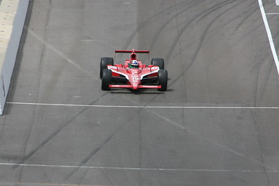 Dario Franchitti Wins 2010 Indy 500