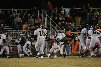 Indy Bulldogs VS Paola Panthers 2010_1106-024