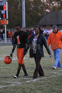 Senior Night 2010_1028-019