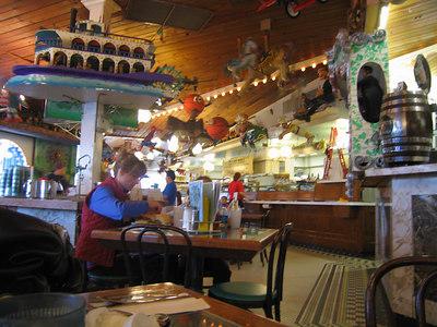 Lunch stop at Ella's Kosher Deli