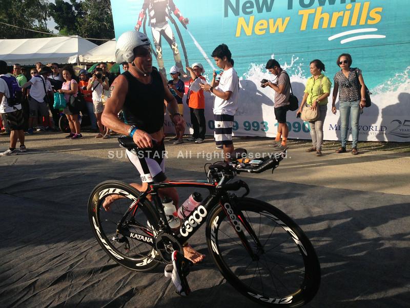Justin Granger starts the 90K bike leg of Ironman 70.3 Philippines