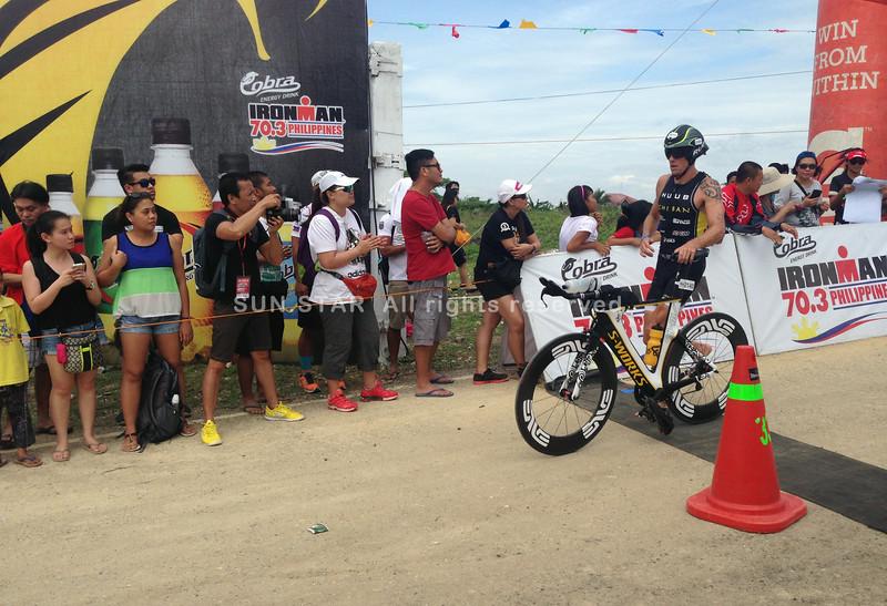 F1 champ Jenson Button joins Ironman 70.3 Philippines 2014