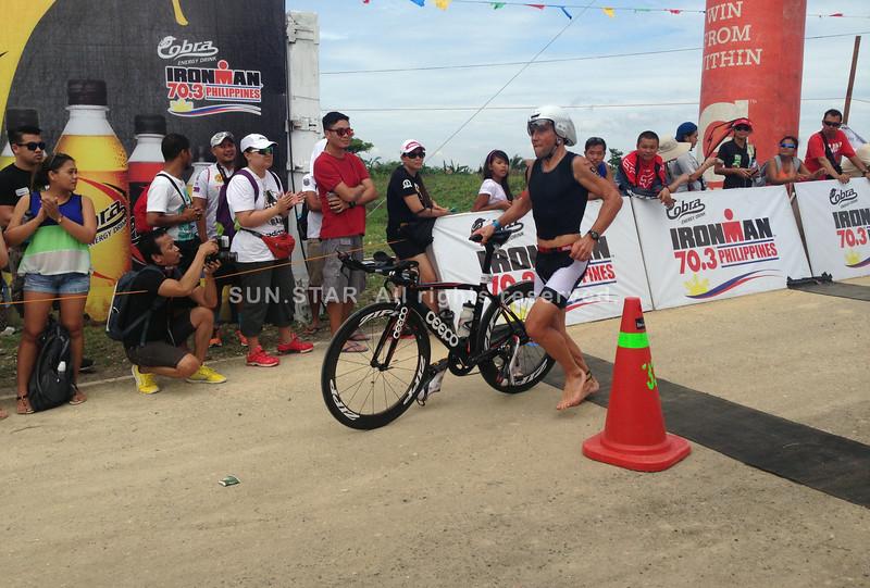 Justin Granger finishes bike race of Ironman 70.3 Philippines