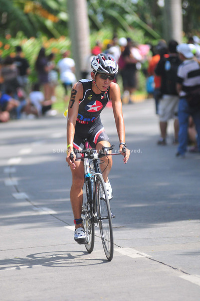 NOT A BAD DEBUT. Runner-turned-triathlete Mendel Lopez finishes third in the Filipino elite division. (Sun.Star photo/Ruel Rosello)
