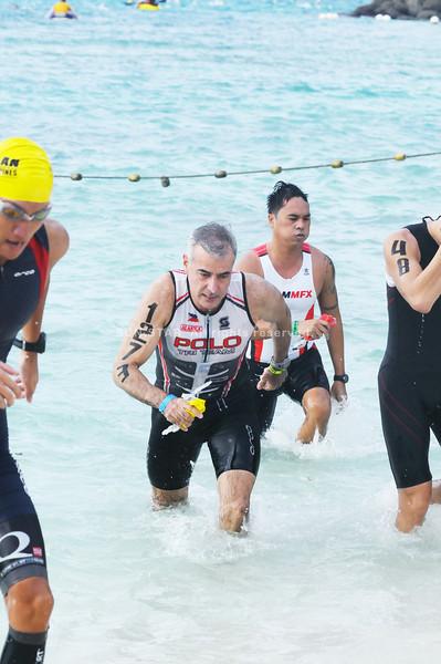 Businessman Fernando Zobel de Ayala joined the Cobra Energy Drink Ironman 70.3 Philippines last Sunday, August 5, 2012. (Sun.Star Photo/Alex Badayos)