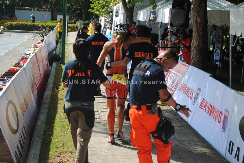 CEBU. Ali Fitch did not finish the race because of her back injury.