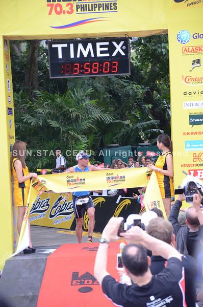 Courtney Atkinson from Australia is Ironman 70.3 Philippines champion at 03:58:07. (Iste Sesante-Leopoldo/Sun.Star Cebu)