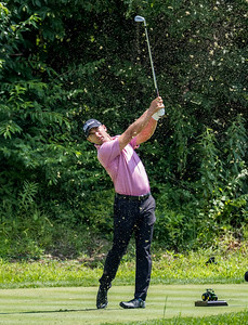 Charles Howell III with perfect form on #16.