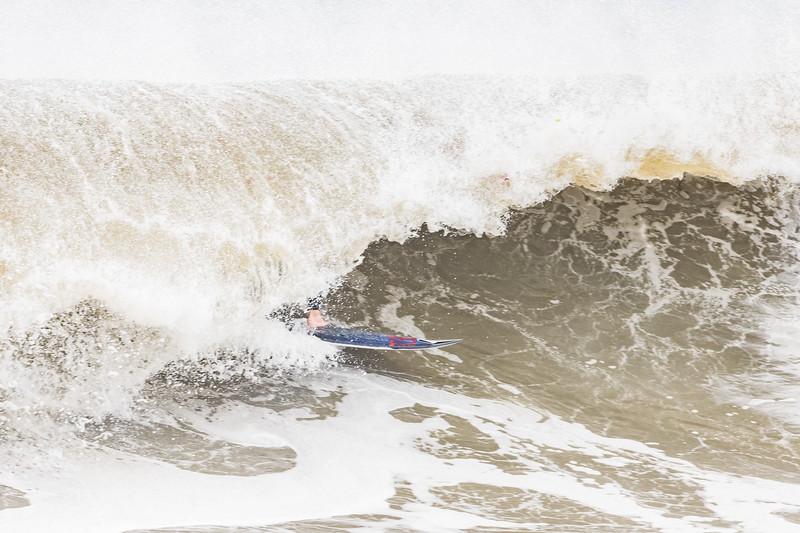 Surfing Lauralton Blvd 10-11-19-043