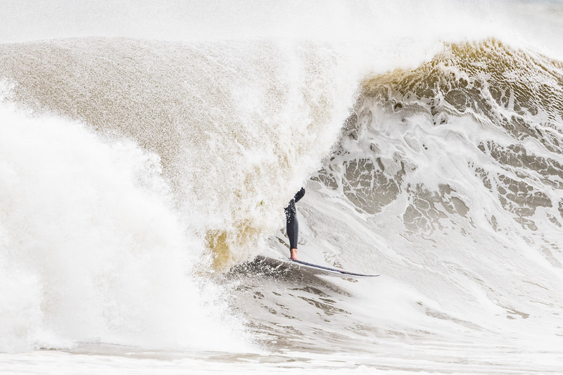 Surfing Lauralton Blvd 10-11-19-051