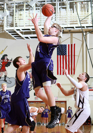 1-17-14<br /> Boys County Tourney Western vs. Northwestern<br /> Northwestern's Keagan Downey shoots.<br /> KT photo | Kelly Lafferty
