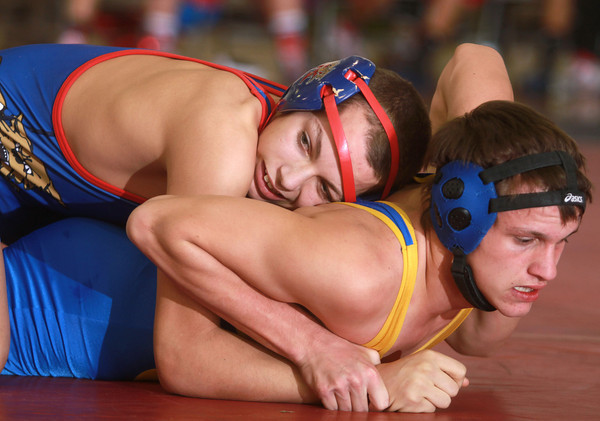 1-15-14<br /> Kokomo vs. Tri Central wrestling<br /> Kokomo's Schzantrayle Roberson and Tri Central's Nate Wyant<br /> KT photo | Kelly Lafferty