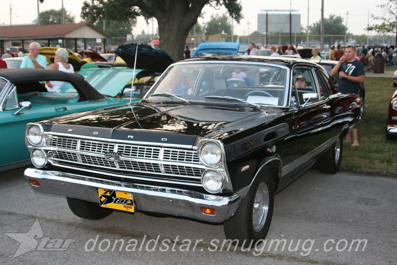 THis car reminds me of my 65 Ford Fairlane.