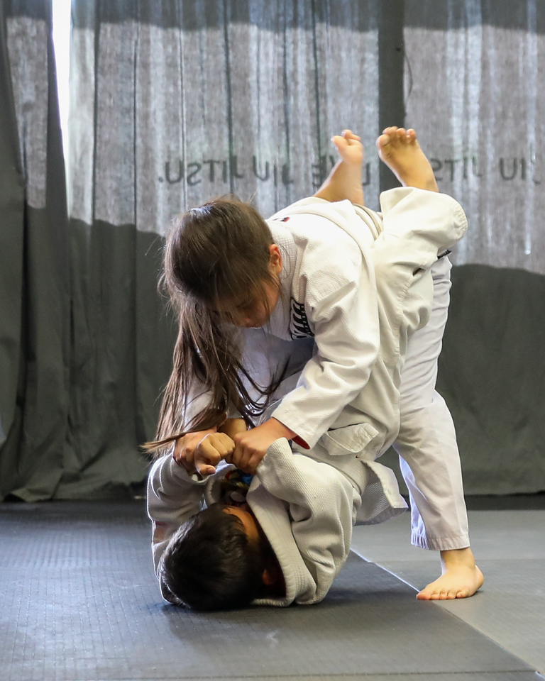 IMAGE: https://photos.smugmug.com/Sports/JiuJitsu/Meleira-JiuJitsu-Kids-Class/i-WxtpgmV/0/ec825f91/X2/5O0A6905-X2.jpg