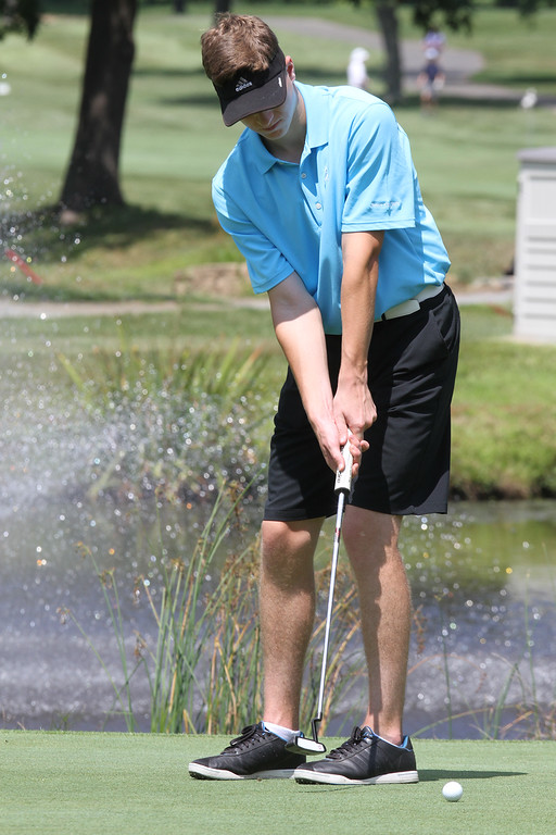 . Lowell Junior City Golf Tournament at Mount Pleasant. Will McNamara putts on 12th hole. (SUN/Julia Malakie)