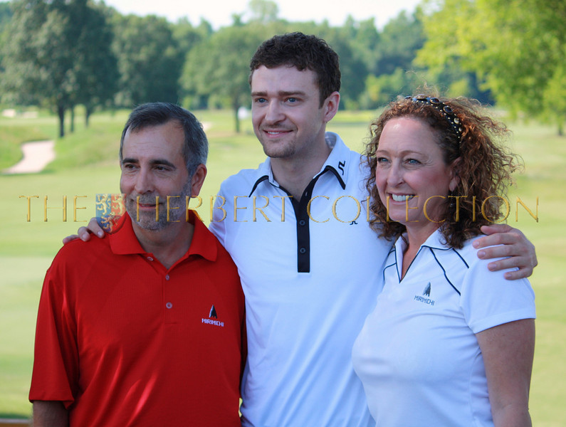 Paul and Lynn Harless get a hug from son, Justin Timberlake