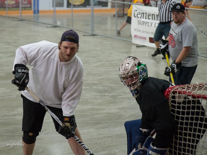 KatieCaresStreetHockey0053