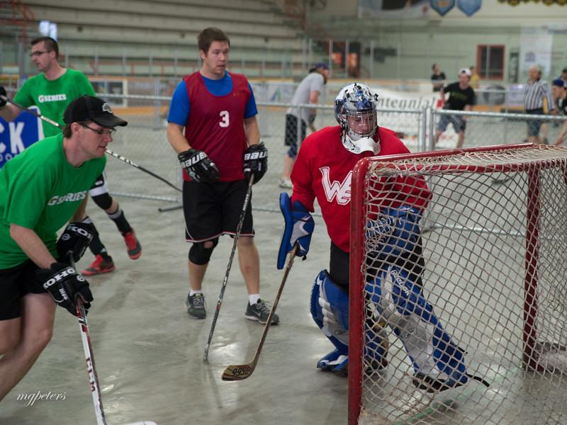 KatieCaresStreetHockey0011