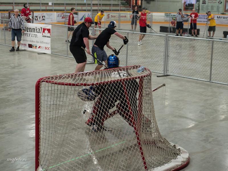 KatieCaresStreetHockey0039