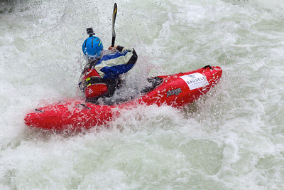 Roselyn Lawrence on the Wellebruck Rapids.