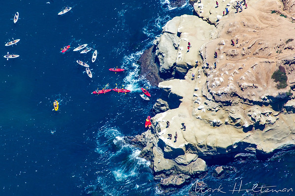 Kayakers exploring La Jolla's Seven Caves