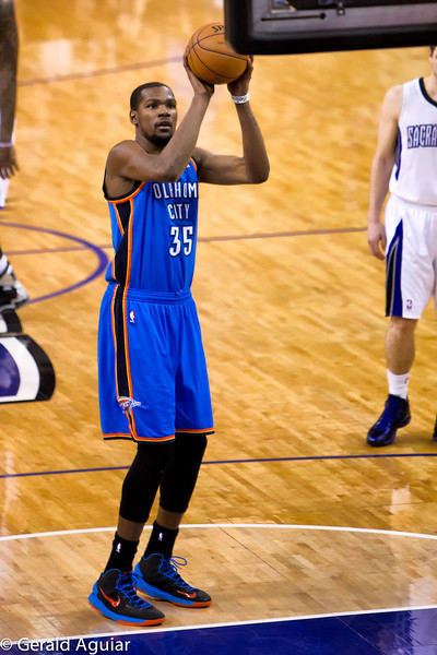 Free throw by Durant.