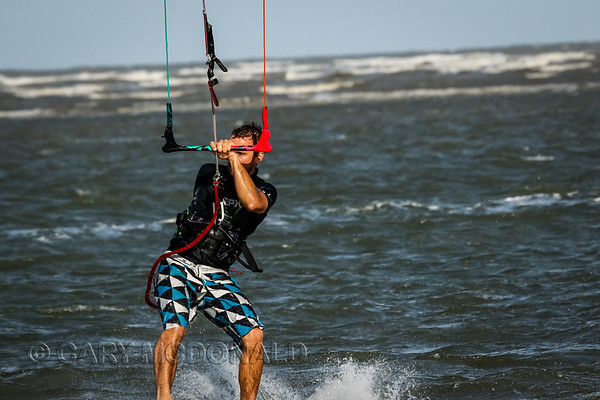20150506- Kite Surfing at 28-half-1818