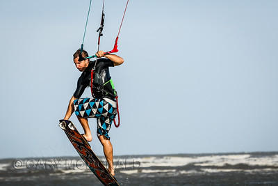 20150506- Kite Surfing at 28-half-1811