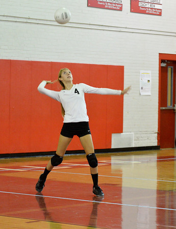 MHHS Volleyball 2013-09-28
