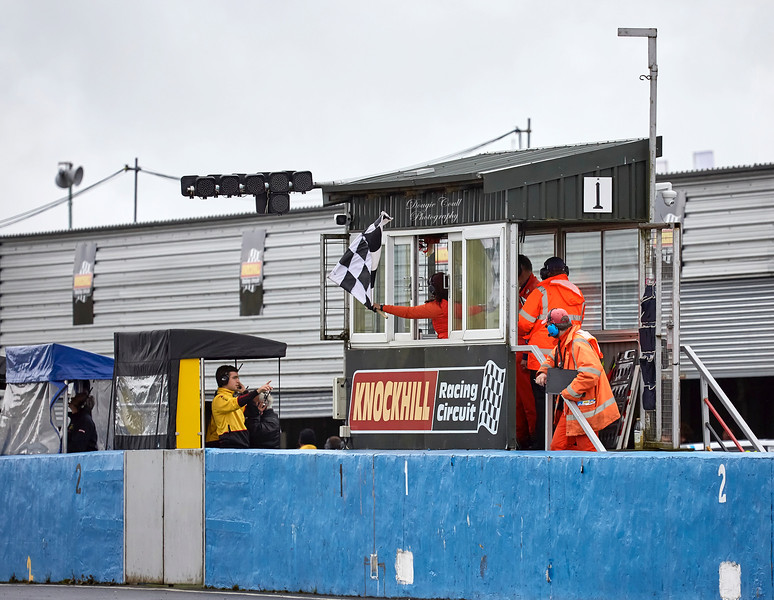 Chequered Flag at Knockhill Racing Circuit - 12 August 2017
