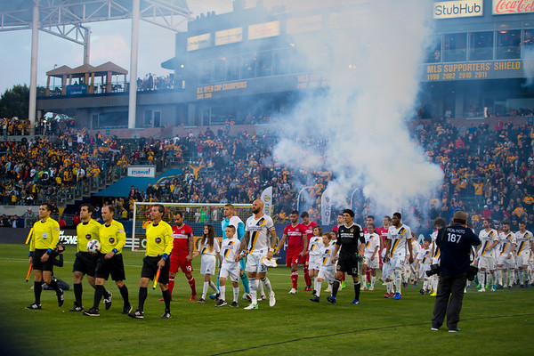 LA Galaxy ties Chicago Fire, 2-2