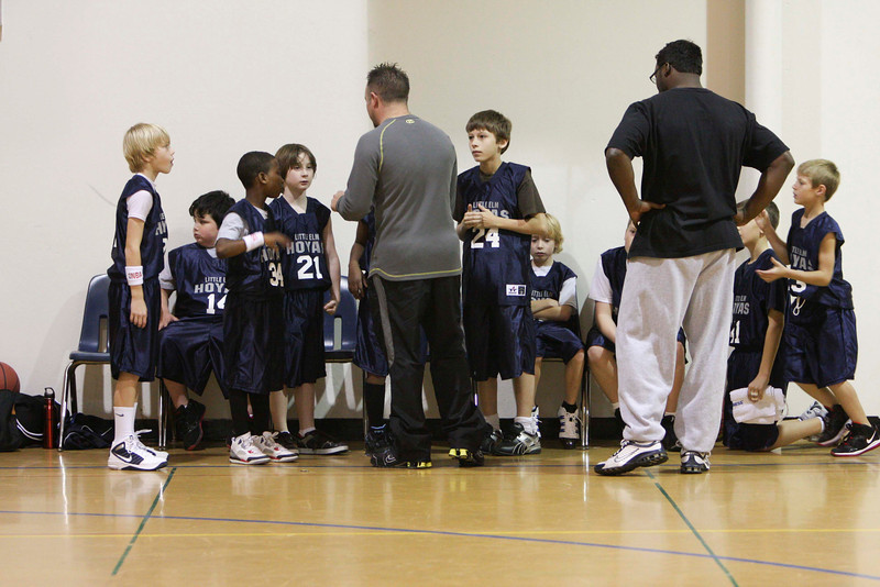 001 2011-12-11 10U Hoyas vs  Mustangs