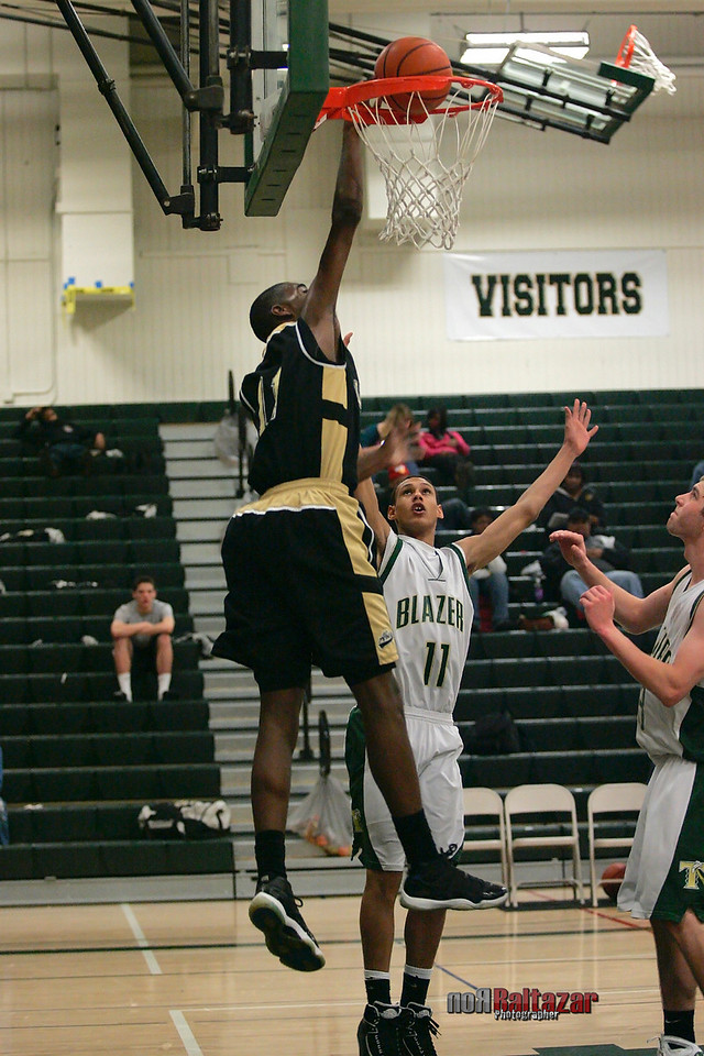 LINCOLN vs. TIMBERLINE 2/2/11