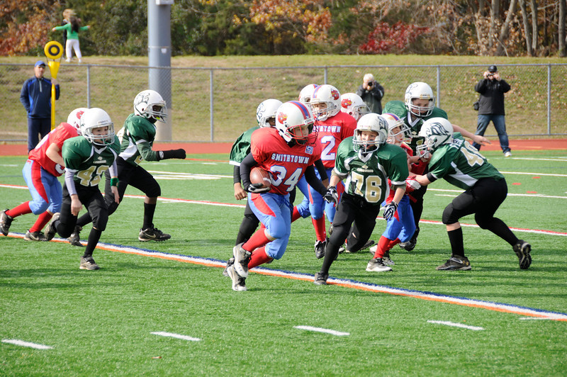 Coach Hauser 9 Year Olds<br /> Smithtown Bulls vs. Longwood Lions<br /> Sunday, November 13, 2011 at 1:00am<br /> Smithtown West High School<br /> Smithtown, New York<br /> WEEK # 10