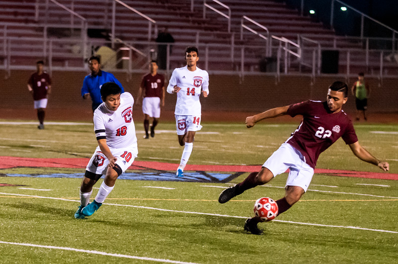 20170131_Soccer_Boys_MHS_vs_LJHS_LG-18.jpg