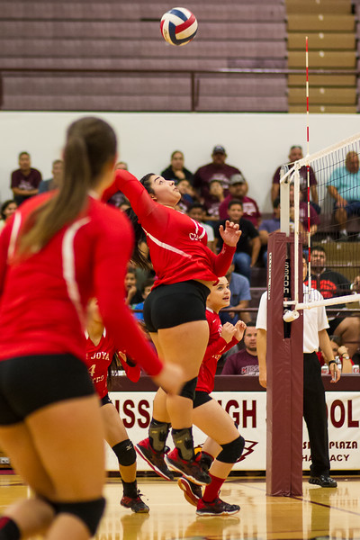 2016 10 04 Mission v La Joya Volleyball_dy-28.jpg