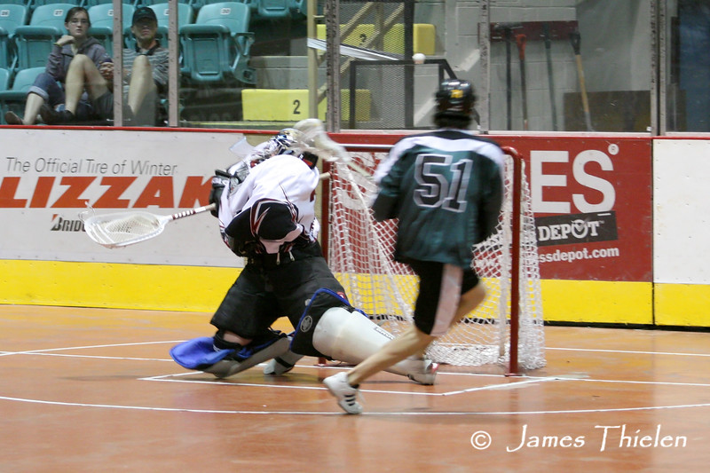 Icemen vs Silvertips_08 07 11_0465m