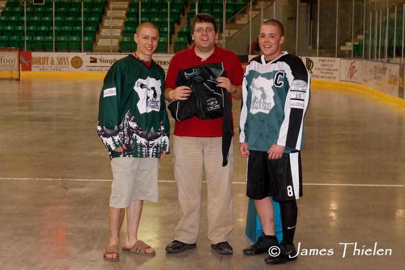 Okotoks Icemen vs Calgary Wranglers May 01, 2009