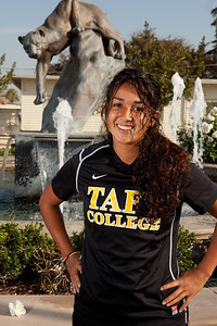 Womans Soccer 2013-123