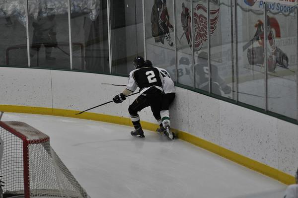 Boys Hockey vs. Rhinelander 12-8-11