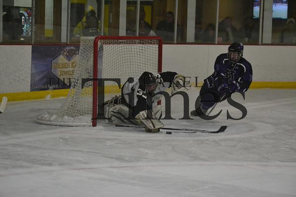 LUHS Boys' Hockey vs. Mosinee 12-10-13