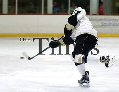 LUHS boys' hockey v Chequamegon