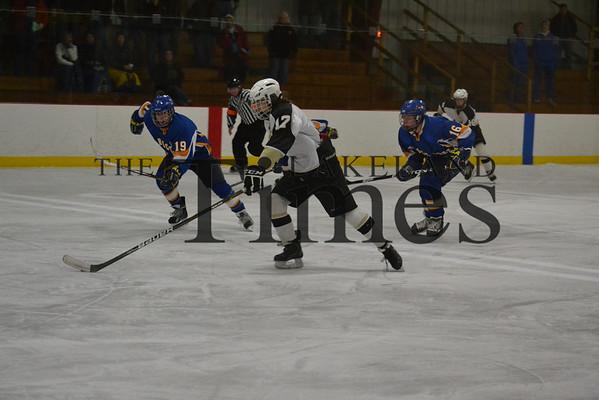 Lakeland Boys' Hockey vs. Rice Lake 12-7-13